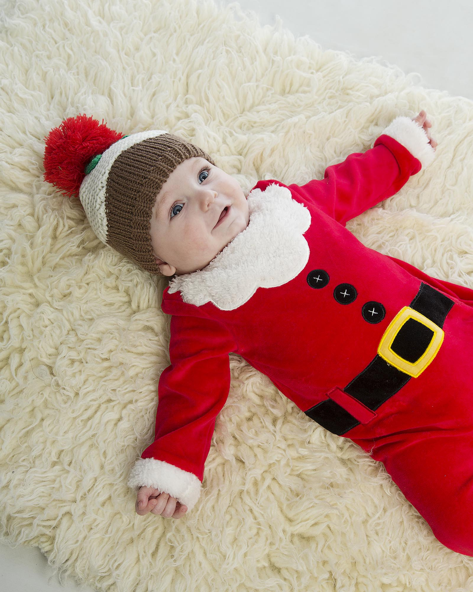 newborn baby dress as santa D Studios graphy